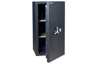 Specialist in Safes. We deliver Chubbsafes DuoGuard I-200K free.